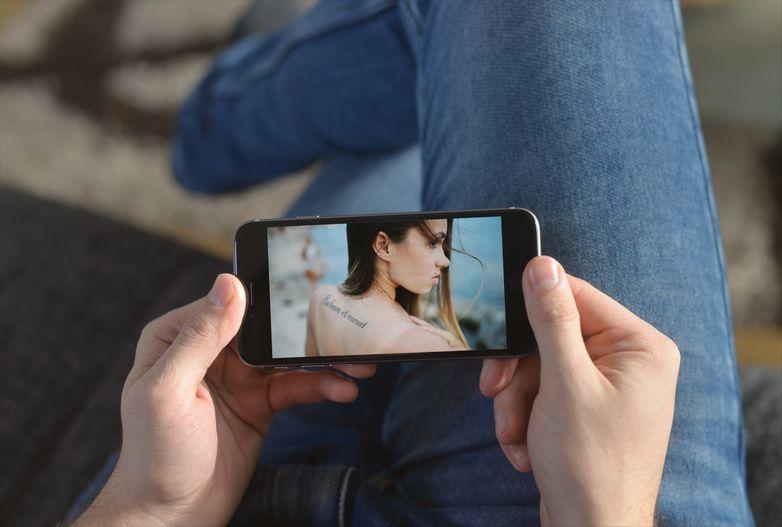 スマートフォンへのはめ込み画像